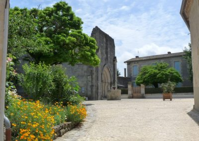 Placedel'église-Pellegrue-jpeg