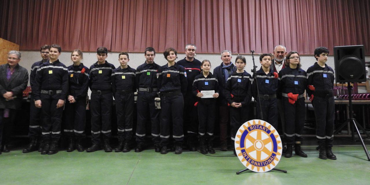 Les jeunes sapeurs-pompiers aidés par le Rotary