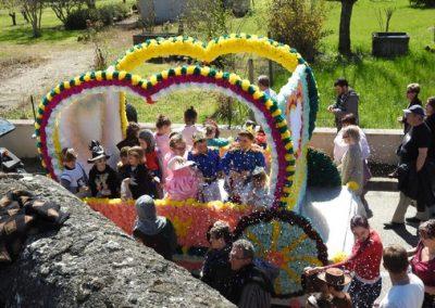 Carnaval du Pays Foyen à Pellegrue char de