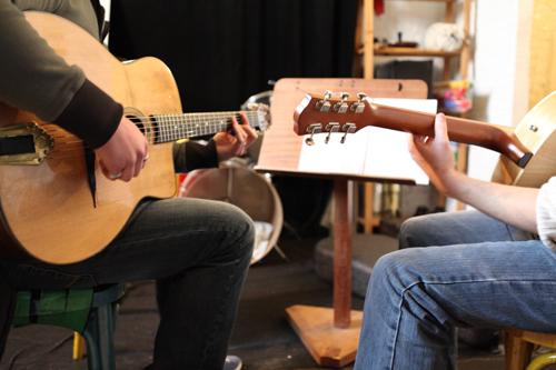 Cours de guitare, piano et  solfège à Pellegrue